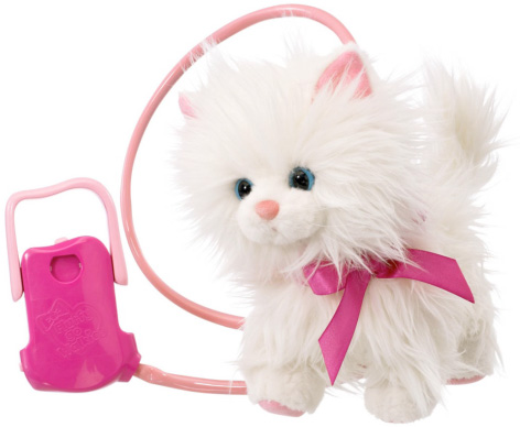 Cassie Goes Catwalk - The Animatronic Toy Cat from Animagic