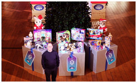 Gary Grant unveiling the 2017 Dream Toys