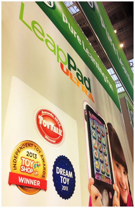Independent Toy Award medal being used on Leapfrog's Toy Fair trade show stand