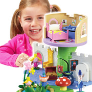 The Ben and Holly Thistle Castle Playset